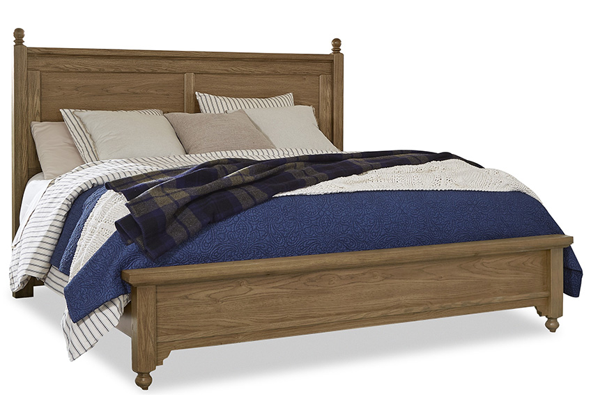 """Gilchrist"" Poster Bed with Low Profile Footboard"